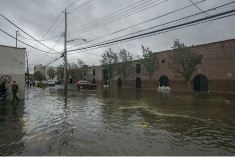 A neighborhood near the Gowanus Canal during the Hurricane Sandy flood. Photo by Sam Horine, http://gothamist.com/2012/10/30/20_photos_of_hurricane_sandys_red_h.php#photo-20