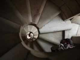 Snail-shell-like spiral staircase at Sagrada Familia. Photo: André Mader