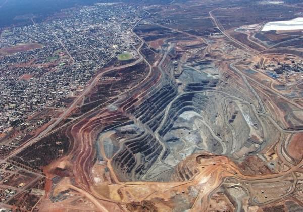 The 'Super Pit' Fimiston Open Pit Mine, Kalgoorlie, Western Australia, Australia