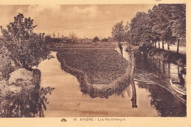 - Hortillonnages in 1920. Source: Wikimedia Commons