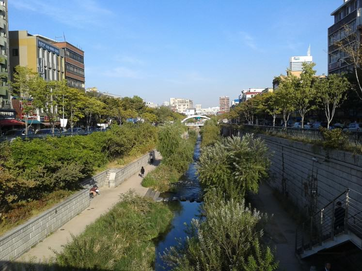 Gyeongyecheon river, Seoul. Photo: C. van Ham