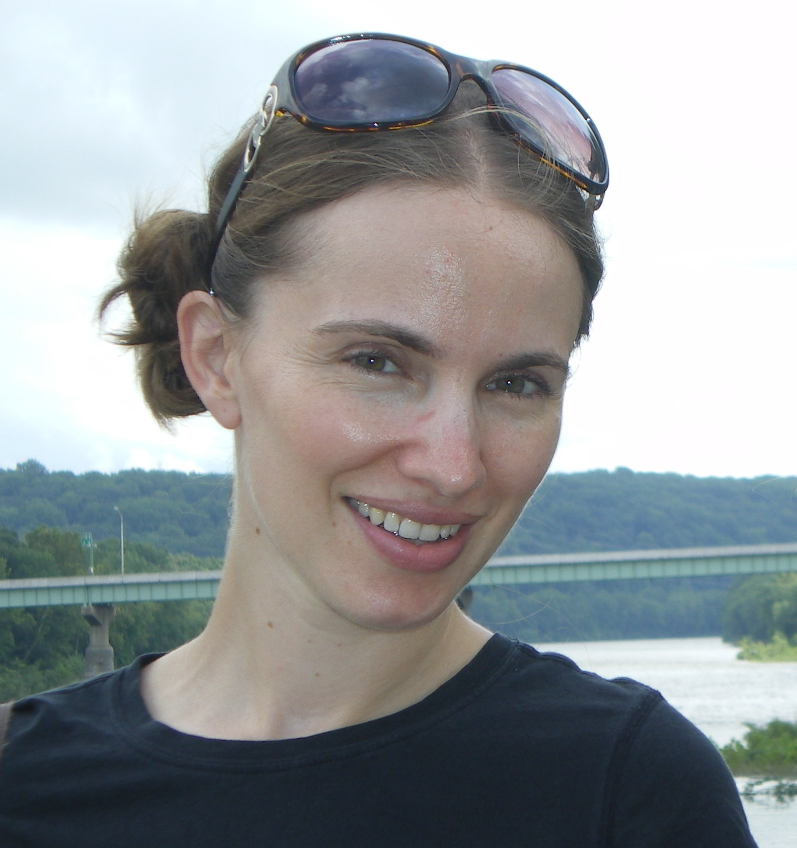 Angela Loder