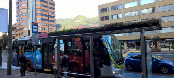 Transportation improvement in Bogotá. A green roof at the bus stop. Photo: Ana Faggi