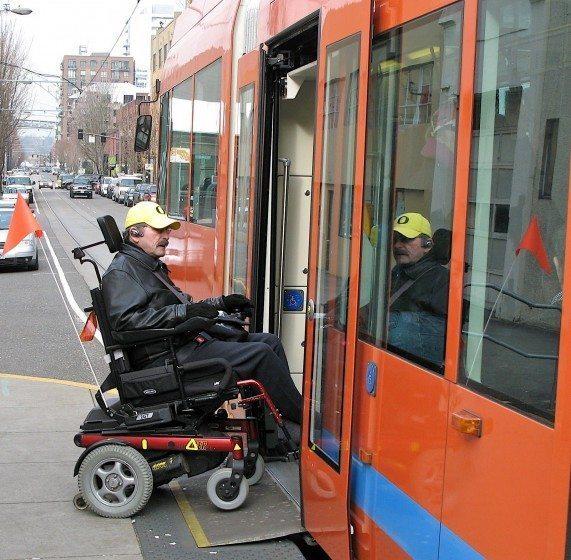 6 Portland Streetcar ACCESSIBILITY-717083