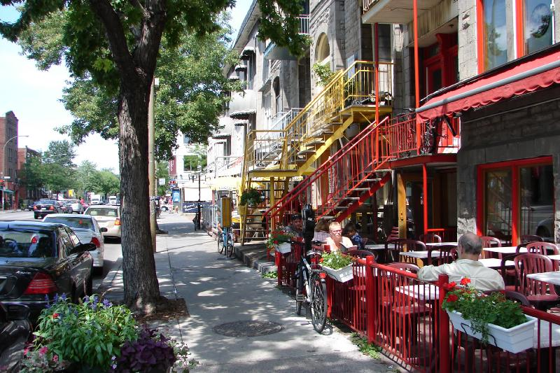 A main street in the central city of Montréal. Photo: Nik Luka