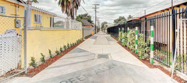 la-green-alley
