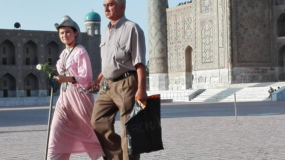 samarkand-couple-handcuffs