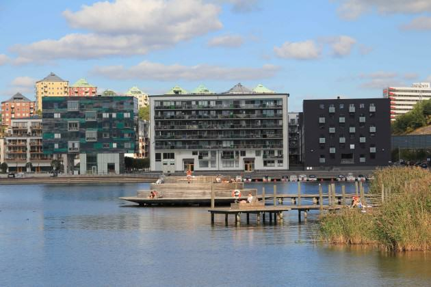 Locals and visitors enjoy and appreciate good landscape architecture design in Hammarby.  Photo: Maria Ignatieva