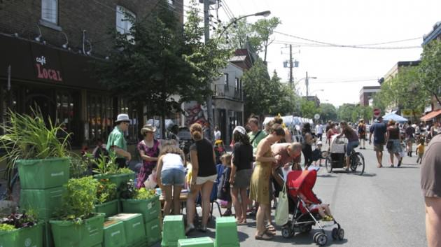 Saint-Viateur Street in the Mile-End neighborhood of Montréal, where local residents and merchants come together to organize summer festivals called 'Journées des bon voisins' (2010). Photo: Nik Luka